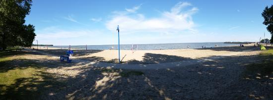 Camp Morton Provincial Park: This is the beach at Gimli a few minutes away.