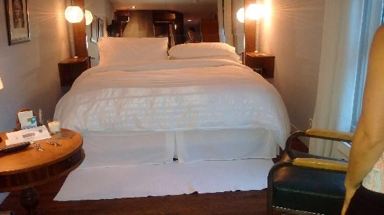 Aubergell Bed U0026 Breakfast: Comfortable Bed With The Softest Sheets Ever !