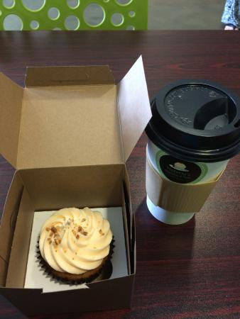 Victoria's Cupcakes & More