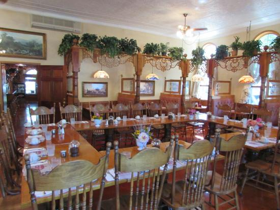 Downsville, NY: Tables for brunch
