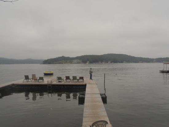 Val-E-Vue Resort: we had dock right outside our door