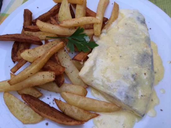 Glion, Zwitserland: レマン湖の魚料理