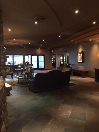 BEST WESTERN Plus Kootenai River Inn Casino & Spa: Lobby