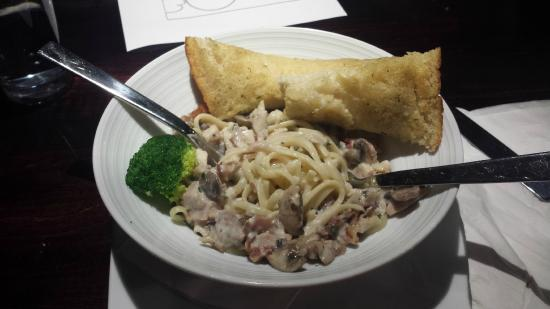 Timberwolf Pizza & Pasta Cafe: Pasta Serving Size