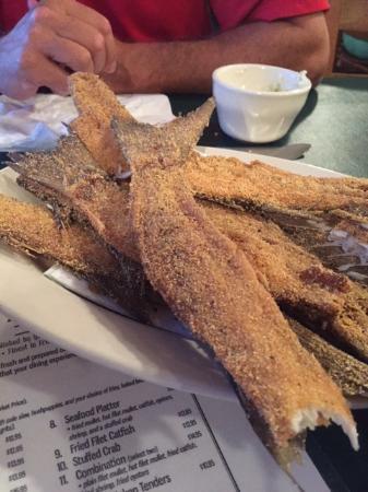 Gators Seafood Restaurant: Mullet Bones appetizer