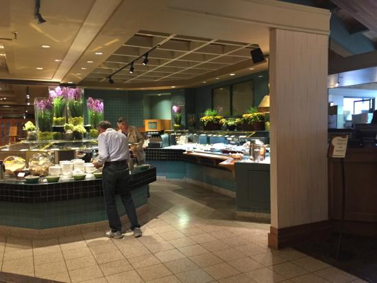 Chinook Family Restaurant : View of buffet