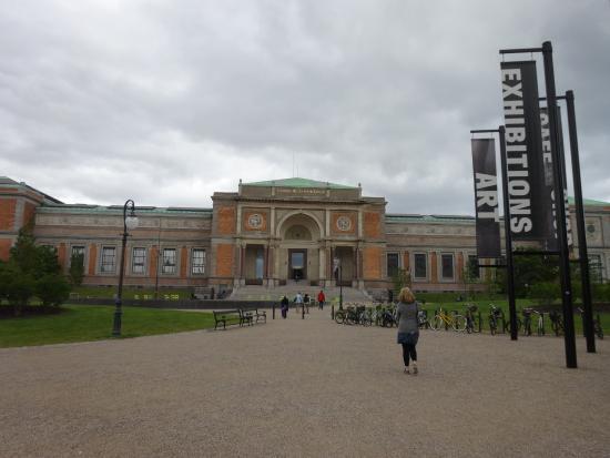 Nasjonalgalleriet i Danmark: 宮殿のような建物