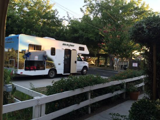 Fresno Mobile Home And RV Park