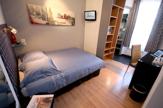 Hotel des Allees: Chambre simple