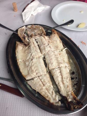 Sardinero, Spanien: Un menú perfecto,y falta la foto de los chipirones de la Ría q son un manjar.