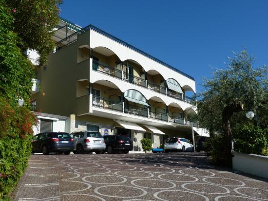 Best Western La Solara Sorrento Facade Picture Of Best Western Hotel La Solara Sorrento Tripadvisor