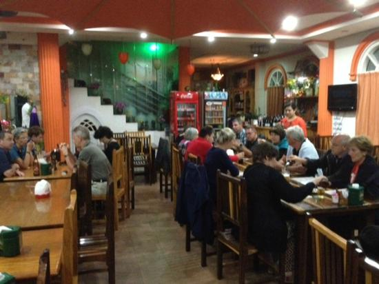 everest nepali food centre : Overzicht restaurant