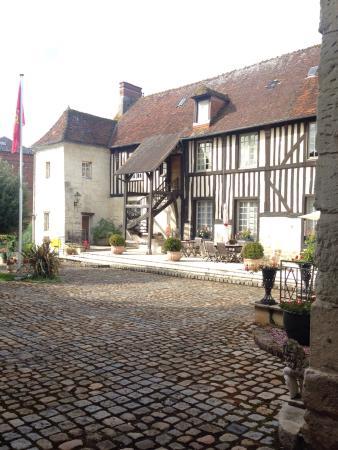 Orbec, Francia: Cour intérieure