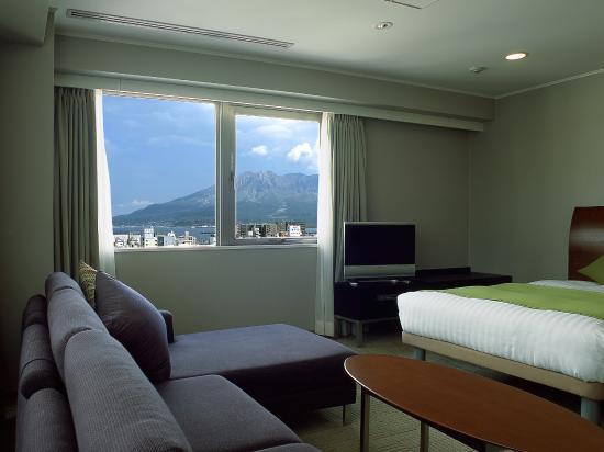 Sun Days Inn Kagoshima: 客室から望む桜島