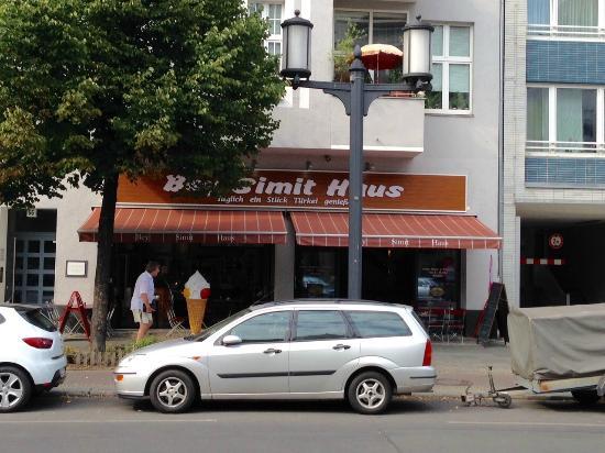 Das Turkische Restaurant In Der Bismarckstr Picture Of Bey Simit