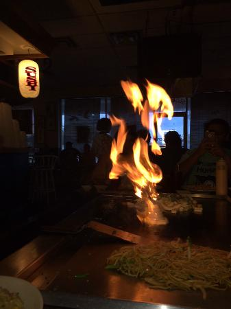 Fuji Japanese Steakhouse: Onion volcano