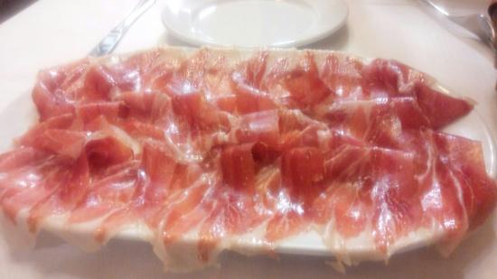 Restaurante Saibigain: ビルバオで一番美味しい生ハム、タパスもおいしかった