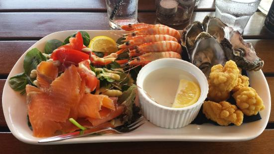Fish Bar: Fresh seafood platter