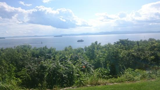 One of a Kind Bed and Breakfast: La vue sur le lac Champlain