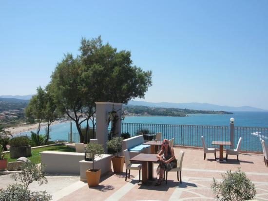 Balcony hotel restaurant tsilivi zakynthos picture for The balcony hotel zante