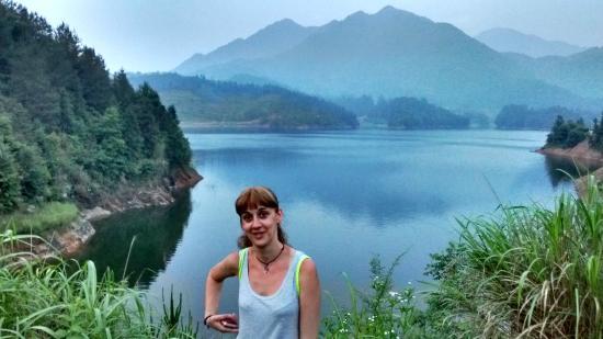 Jiangling Terrace Scenic Resort : el lago