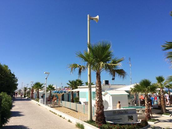 Riccione, Italy: пляж