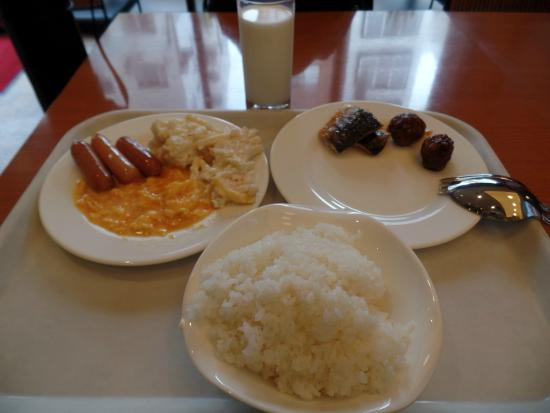 Breakfast at F's Kitchen at To...