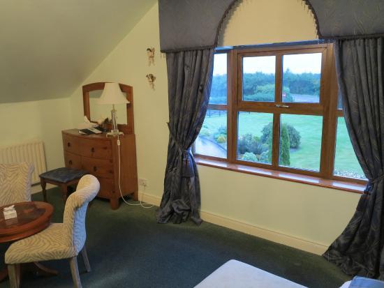 Ardee, Ирландия: Une toute petite partie de notre deuxième chambre, immense