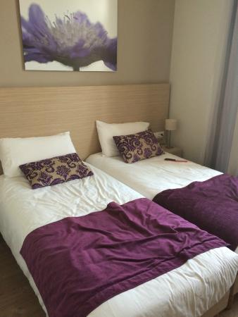 Hotel de Londres Menton : Lits