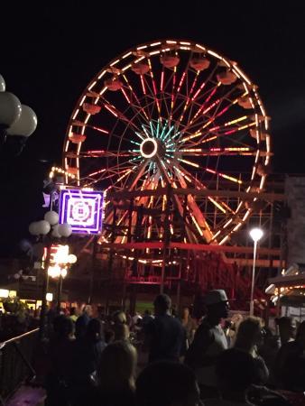 Indiana Beach Amusement Resort: Ferris wheel at night