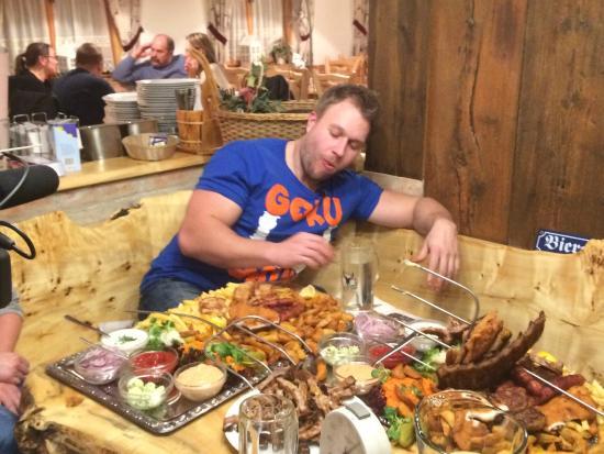 Furious Pete The Food Champion In Austras Best Xxl Restaurant