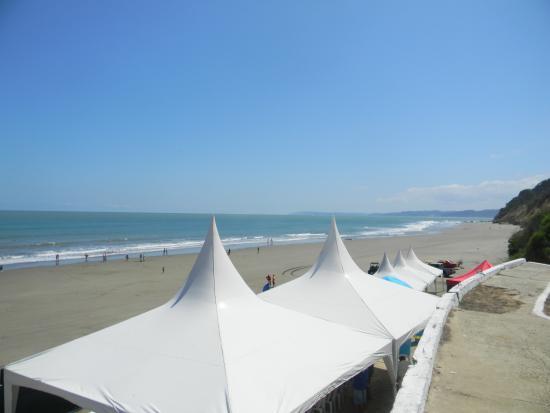 La Bellaca Beach Bahia de Caraquez