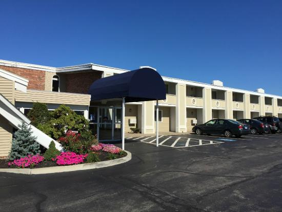 BEST WESTERN Merrimack Valley: Outside view