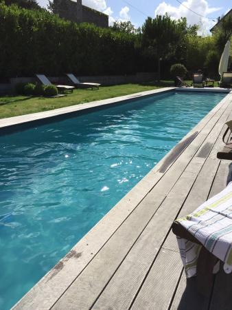 Le Clos Josephine - Chambres d'hotes: Le couloir de nage