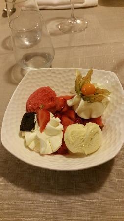Isle-Saint-Georges, France: Dessert : fraise Melba