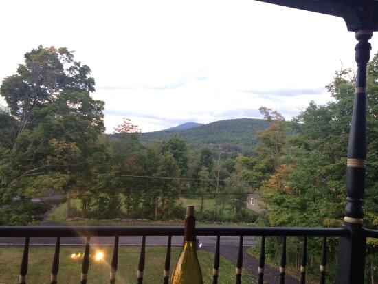 Catskill Lodge Bed and Breakfast: photo0.jpg