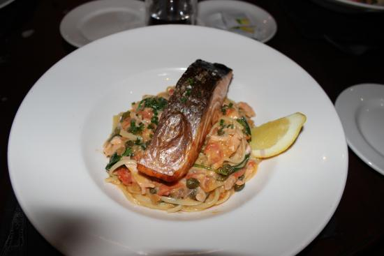 Nico's Bistro and Bar: Italian Salmon