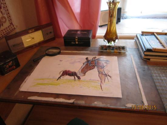 Michurinsk, روسيا: экспонат музея, выставка художника-фронтовика Платицына