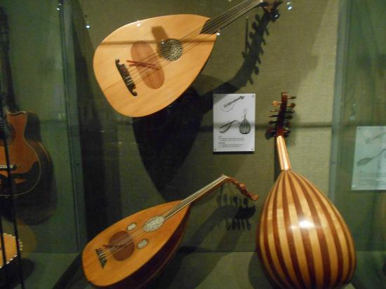 Museum of Greek Popular Musical Instruments: displays