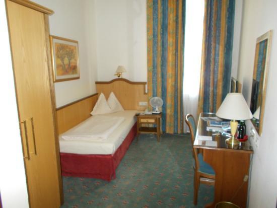 Hotel Mosser: Una stanza