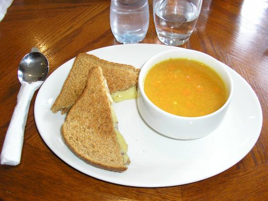 The Cabin Cafe: carrot ginger soup