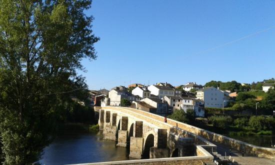 Parque del Miño: Lugo. Puente romano sobre el Miño