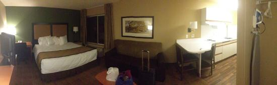 Extended Stay America - Austin - Downtown - Town Lake: Pan photo of the suite