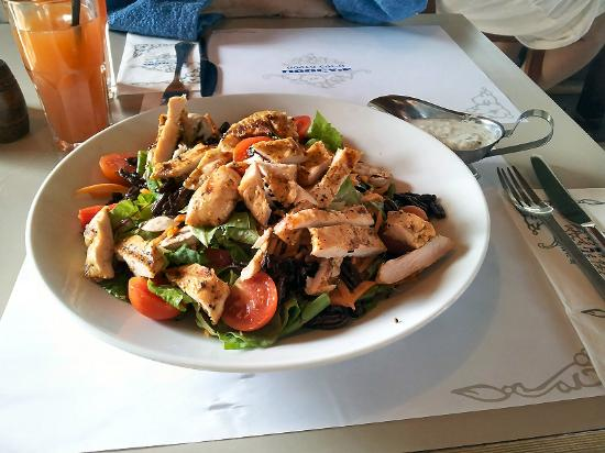 Hamei Ga'ash: Restaurant dish - fresh chicken salad