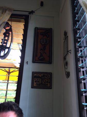 Mahina Cafe: Inside