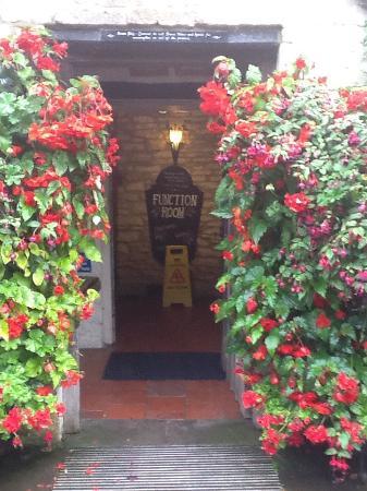 The Green Dragon Inn: photo1.jpg