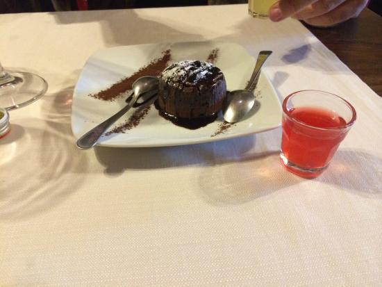 Ristorante la Castellana: Dessert was soooo good!