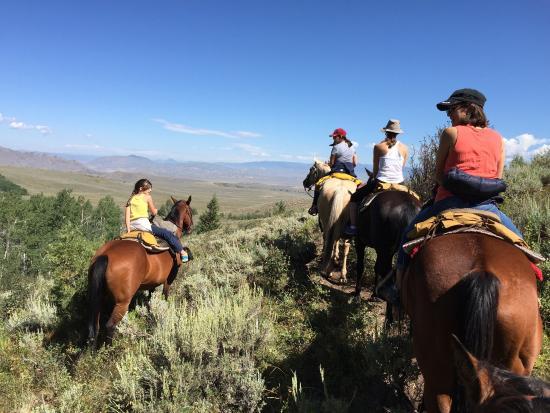 Rusty Spurr Ranch: photo0.jpg