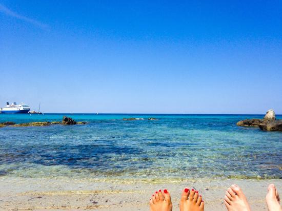 Loria Beach : Des déjeuners, des après midis des dîners parfaits dans ce coin de paradis ou nous avons été par