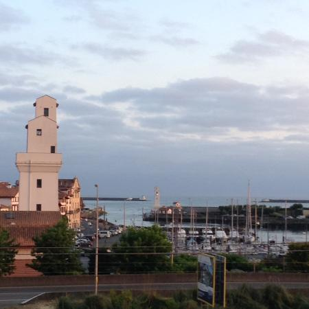 Ibis Budget Ciboure Saint-Jean-de-Luz: Vue de la chambre😀